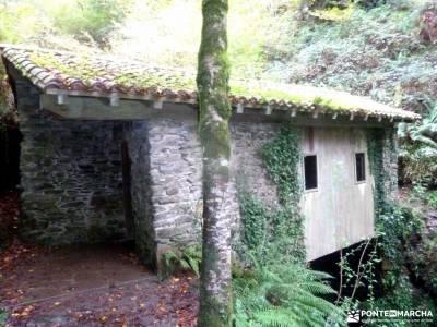 Valle del Baztán_Navarra; parque natural de izki senderismo puente diciembre vacaciones senderismo